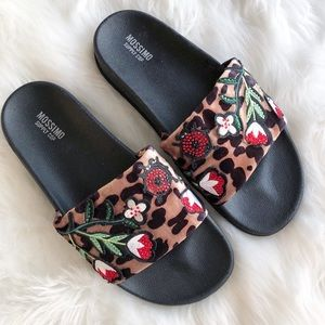 Mossimo • Leopard Floral Slides